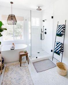 Bathroom decor, Bathroom decoration, Bathroom DIY and Crafts, Bathroom Interior design Coastal Homes, Coastal Cottage, Coastal Living, Bathroom Interior Design, Restroom Design, Restroom Ideas, Interior Modern, Smart Home, Bathroom Inspiration