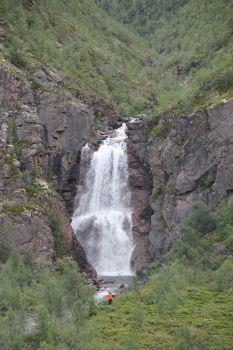 Waterfall Fiello, Utsjoki, Lapland of Finland - Kevon reitin tärkeimmät nähtävyydet: kanjoni sekä Fiellon putous, tunturimaasto ja Kuivi-tunturi.  Photo: Ida Ikonen