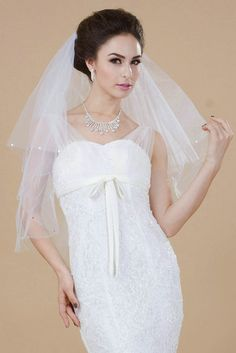 Nero Women's Charming 2 Tiers Elbow Length Bridal Wedding Veil with Comb, Beaded Edge and Sequines (White) * You can find out more details at the link of the image.