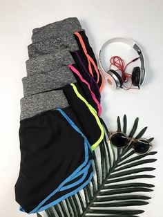 This sports shorts features color block trim, drawstring waist. It also designed with high-quality fabric and makes you cozy.