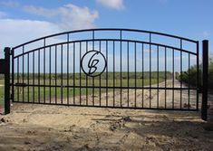 Ranch Driveway Entrances | ... ranch gate texas, solar gate opener texas, ranch fence texas, custom