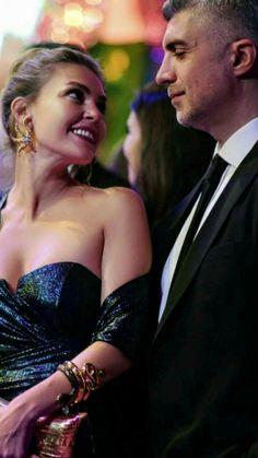 Turkish Beauty, Turkish Actors, Beautiful Couple, Romance, Street Style, Concert, Couples, Celebrities, Womens Fashion