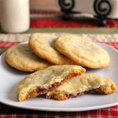 Rolo Stuffed Cookies - haven't seen with 'white' cookie but made chocolate, LOVE rolos!