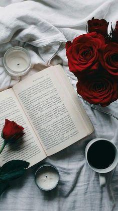"""""""Um Lugar"""" """"Onde o Perfume seu lugar encontrou A Alma Sentimentos guardou O Pensamento em seu Porto Seguro chegou A Liberdade Sentmentos e Emoções pela Vida levou No Coração o Berço da Vida se Revelou"""" Sílvio N Júnior"""