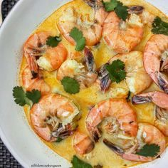 5-Ingredient Slow Cooker Coconut-Cilantro Curry Shrimp