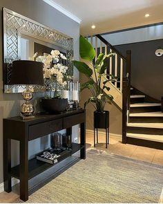 Foyer, Entryway Tables, Decor Interior Design, Interior Decorating, Entrees, Furniture, Beautiful, Home Decor, Instagram