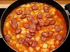 Pásztortarhonya recept lépés 5 foto Pepperoni, Pizza, Recipes, Food, Meal, Eten, Recipies, Meals, Food Recipes