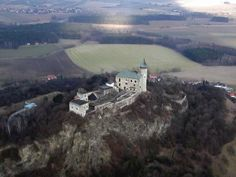 Kuneticka Hora. Manor Houses, Palaces, Czech Republic, Castles, Palace, Chateaus, Bohemia, Castle, Mansions