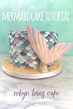 Learn how to make this lovely mermaid cake. Step by step photos and video! Easy and fun 🧜♀️💜💕 Mermaid Birthday Cakes, Mermaid Cakes, Baby Mermaid, Beautiful Cakes, Amazing Cakes, Pretty Cakes, Cake Decorating Tutorials, Decorating Cakes, Sculpted Cakes