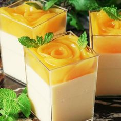 Recipe with video instructions: Feeling extra peachy? Try this peach mousse topped with a lovely rose blossom-shaped peach jelly. Ingredients: 2 cans yellow peaches, Peach mousse:, 3 Mini Desserts, Just Desserts, Shot Glass Desserts, Jelly Desserts, Mango Dessert Recipes, Gourmet Desserts, Lemon Desserts, Plated Desserts, Jelly Recipes