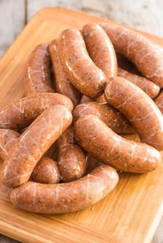 / All Natural Homemade Hot Italian Sausage (Hot Sausage Recipes) Homemade Italian Sausage, Homemade Sausage Recipes, Italian Sausage Recipes, Meat Recipes, Cooking Recipes, Recipies, Home Made Sausage, How To Make Sausage, Dinner Ideas