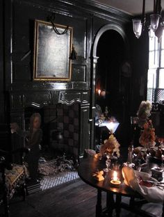 Dennis Severs purchased a 1724 Georgian terraced house at 18 Folgate St. in Spitalfields, which he meticulously restored into a living tableaux inhabited by the fictional Jarvis family. Severs lived in each room in the house before he concocted the story of the Jarvis family.