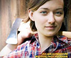 Julia Kalthoff, axe maker Axe, Beauty, Beauty Illustration