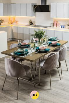 Dining Table Chairs, Dining Room Furniture, Dining Decor, Dining Area, Tables, Kitchen Room Design, Kitchen Decor, Open Plan Kitchen Dining Living, Luxury Dining Room