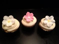 Medium Flower Cupcake Toppers   6 by PeaceLoveandCakeNY on Etsy, $6.99