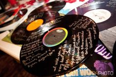 Record guest book Rock n Roll, red and black, Las Vegas Wedding, Scheme Events wedding planner Wedding Planning Book, Wedding Event Planner, Event Planning, Wedding Events, Wedding Guest List, Our Wedding, Wedding Ideas, Luxury Wedding, Elvis Wedding