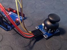 Connect and use an Analog Joystick with Arduino UNO - Tutorial