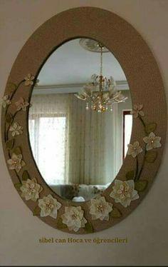 Handmade Flowers, Diy Flowers, Ftm, Craft Storage, Hobbies And Crafts, Decoration, Flower Art, Diy Crafts, Fine Art