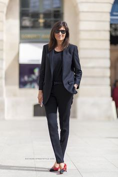 Emmanuelle Alt attends the Schiaparelli show as part of Paris Fashion Week - Haute Couture Fall/Winter 2014-2015 on July 7, 2014 in Paris, F...