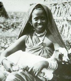 Somali girl in Mogadishu, Somalia in the 1920's.