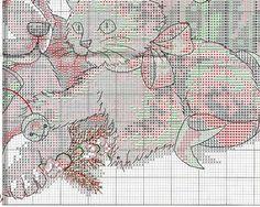 Cross-stitch Christmas Kitties & Puppies Tree Skirt, part 6/11 .. color chart on part 2 & 3...   Gallery.ru / Фото #7 - Без названия - zozo7777