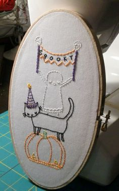 Halloween embroidery from Feeling stitchy