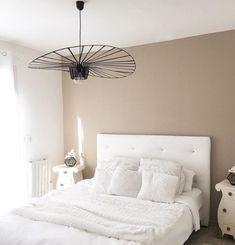 100 fotos e ideas para pintar y decorar dormitorios, cuartos o habitaciones modernas. Dream Bedroom, Master Bedroom, Latest House Designs, New Homes, Interior Design, House Styles, Furniture, Feng Shui, Home Decor