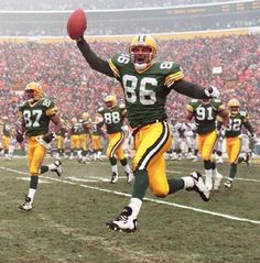 Antonio Freeman (#86) was also another wide receiver for the Packers from 1995 to 2001 and then again one last time for the 2003 season