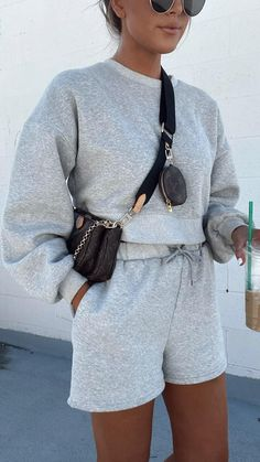 Tomboy Fashion, Fasion, Fashion Outfits, Cute Casual Outfits, Comfortable Summer Outfits, Trendy Fall Outfits, Sporty Outfits, Pretty Outfits, Stylish Outfits