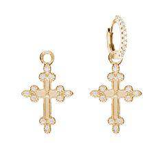 Mini créole Stone charms http://www.vogue.fr/joaillerie/shopping/diaporama/bijoux-d-oreilles-piercings-dessous-d-oreille-cartilage-ear-cuff-lobe-mini-creole/19278/image/1018883#!mini-creole-stone-charms