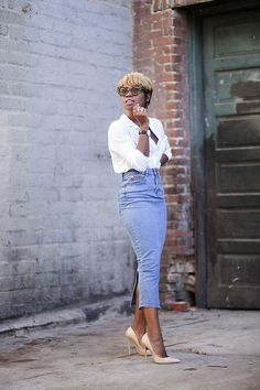 "ASOS Denim Mom Skirt in Mid Vintage Wash: Enocha Tellus dubbed this sleek number ""the best denim pencil skirt in the world."" And, dare we say, it's giving mom jeans a run for their money. Denim Pencil Skirt Outfit, Jean Pencil Skirt, Denim Skirt Outfits, Denim Outfit, Pencil Skirts, Long Pencil Skirt, Pencil Dress, Fashion Mode, Work Fashion"