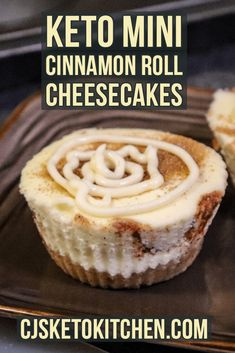 Low Carb Sweets, Low Carb Desserts, Low Carb Recipes, Cinnamon Roll Cheesecake, Cheesecake Recipes, Keto Cinnamon Rolls, Keto Dessert Easy, Dessert Recipes, Dessert Ideas
