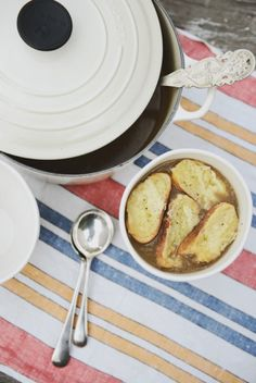 Recipes and cooking blog : Trotski & Ash » Recipe » french onion soup