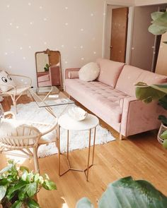 small living room designs are readily available on our internet site. Check it out and you will not be sorry you did. Boho Living Room, Living Room Sofa, Home And Living, Modern Living, Pastel Living Room, Bedroom With Couch, Pink Living Rooms, Pink Living Room Furniture, Living Room Apartment
