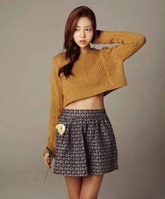 Crew-Neck-Weave-Twist-Bare-Midriff-Short-Casual-Knitting-Sweater
