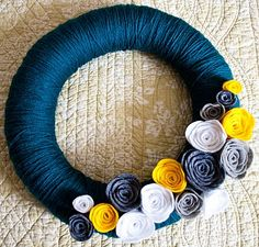 yarn wreath and felt flowers