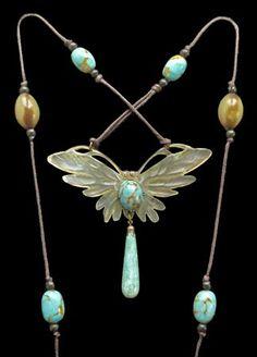 Art Nouveau Elizabeth Bontè pendant