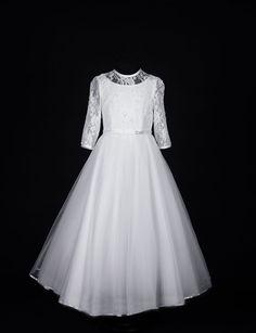 long-sleeve-beaded-lace-first-communion-dress-sophisticated-communion-dress-with-fairytale-skirt-koko-83g03533-juliette-14274-p.jpg 800×1,044 pixels