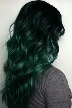 beautiful black to green ombre hair ❤