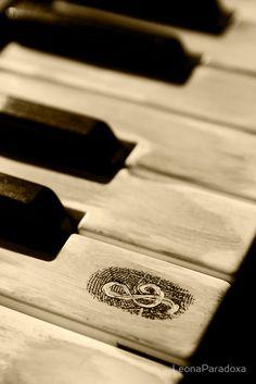 """""""Grunge piano keys"""" by LeonaParadoxa   Redbubble"""
