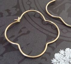 Quatrefoil hoops ~ Pinning for Lisa ~ conspired to have her daughter get these for her for Christmas!