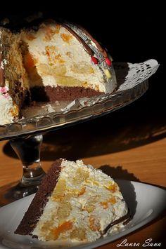 Tort cu crema de branza si mandarine Romanian Desserts, Russian Desserts, Cupcake Cookies, Cupcakes, I Foods, Tiramisu, Sweet Treats, Cheesecake, Sweets