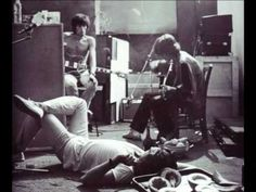 The Rolling Stones - Torn and Frayed (Exile on Main St.)  1972