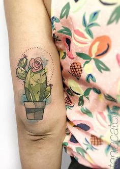 Hand Tattoos for Women . Hand Tattoos for Women . Baby Tattoos, Girly Tattoos, Love Tattoos, Beautiful Tattoos, Body Art Tattoos, Tatoos, Geometric Tattoo Simple, Geometric Tattoo Design, Geometric Tattoos