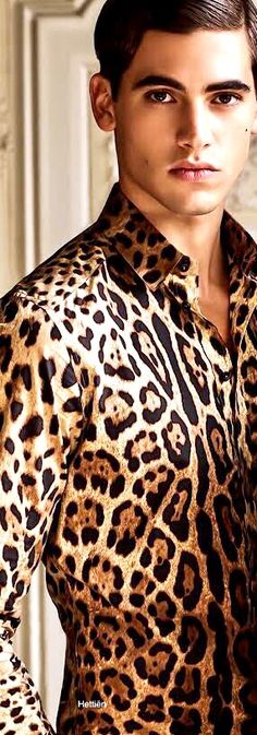 The Ultimate Guide to Creating Your Glamorous Style Animal Print Fashion, Dolce And Gabbana Man, Moda Fitness, Sharp Dressed Man, Gentleman Style, Male Beauty, Cute Guys, Old Hollywood, Style Guides