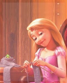 Two of my favorite things <3 Knitting and tangled