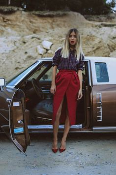 Alina Ceusan Street style, street fashion, best street style, OOTD, OOTD Inspo, street style stalking, outfit ideas, what to wear now, Fashion Bloggers, Style, Seasonal Style, Outfit Inspiration, Trends, Looks, Outfits.