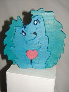 Puzzle bois de hêtre forme d'hérisson bleu