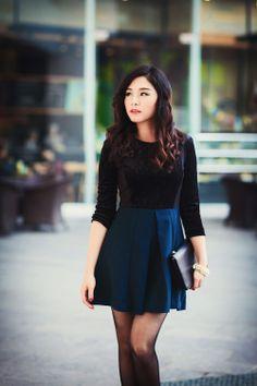 Đầm nhung đen chân xanh