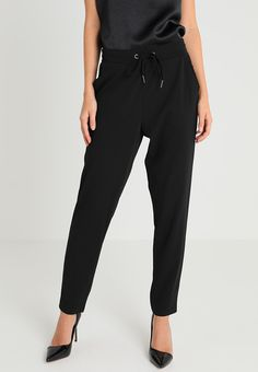 Soyaconcept Pantalones - black - Zalando.es Sweatpants, Black, Fashion, Feminine Fashion, Styling Tips, Drop Crotch, Latest Trends, Pants, Sports